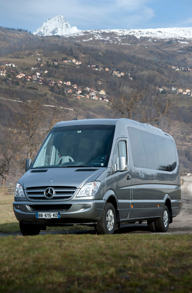 luxury minibuses taxi transfers in aime la plagne transport christian bouzon. Black Bedroom Furniture Sets. Home Design Ideas